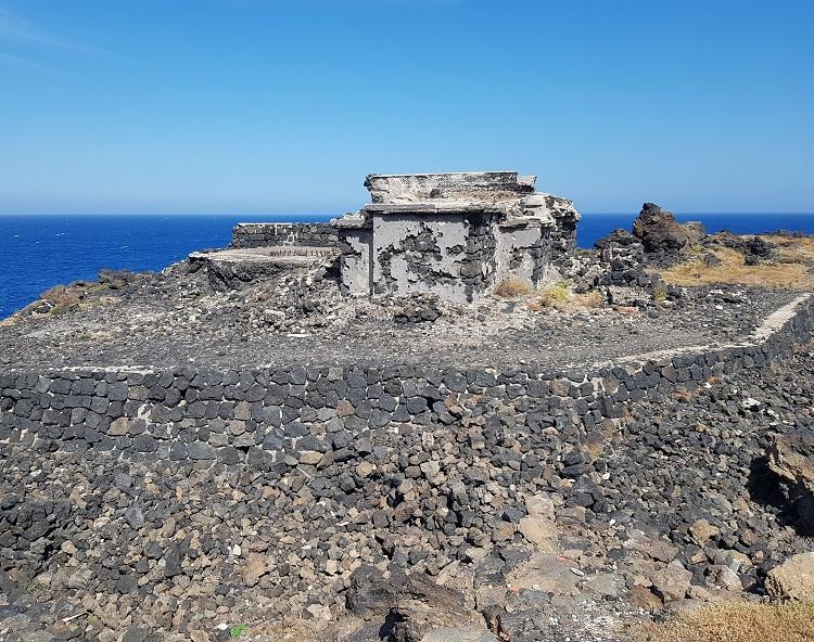 παλιές οχυρώσεις του Β'ΠΠ