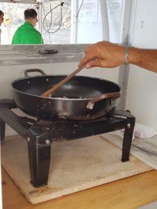 Μας μαγείρεψαν πάνω στο σκάφος ζυμαρικά