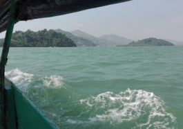 Περνώντας τα θαλάσσια σύνορα από την Ranong (Ταυλάνδη) στο Kawthoung (Βιρμανία)