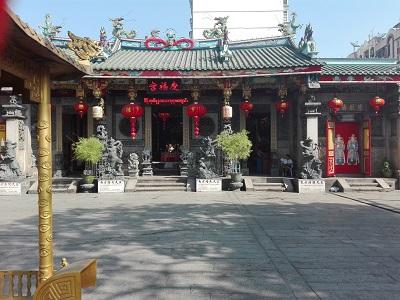 κινεζικός ναός στην china town της Yangon