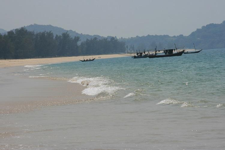 Παραλία Pa Nyit