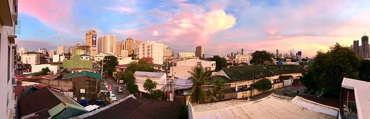 Αυτή είναι η πανοραμική θέα από το νέο μου διαμέρισμα στην Manila