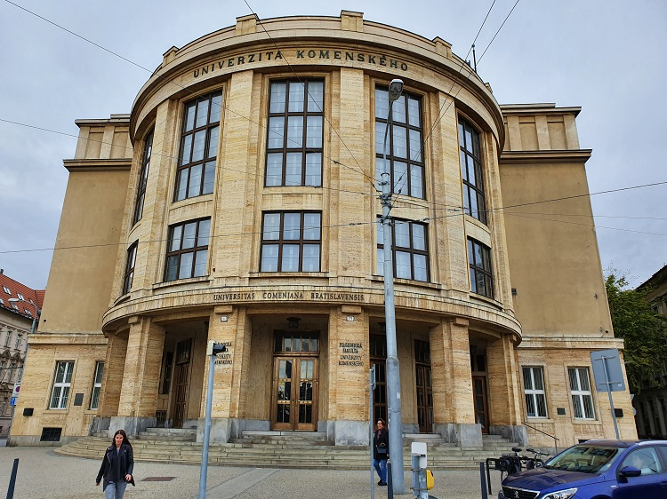 Το πανεπιστήμιο της Μπρατισλάβα