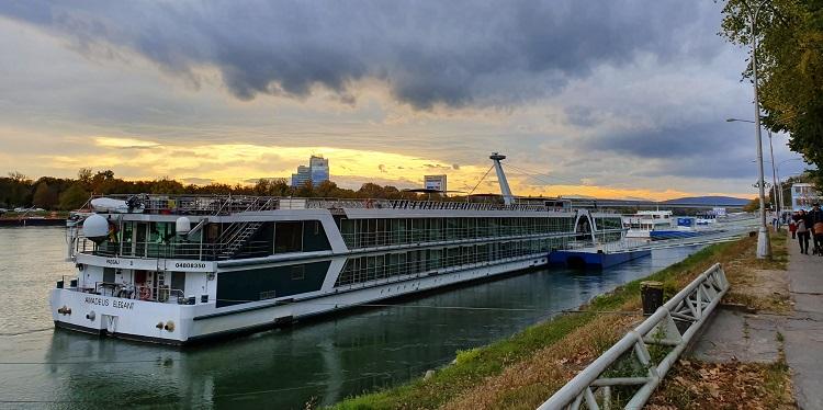 Η όχθη του Δούναβη | photo (c) D. Chatziemmanouil