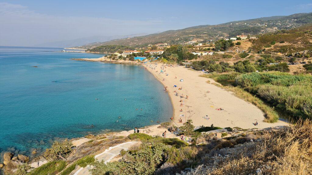 Παραλία Λιβάδι στην Ικαρία